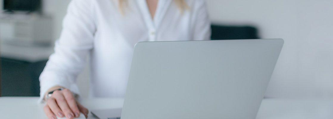 Principais habilidades para começar a ganhar dinheiro com marketing digital (Foto de Marek Levak no Pexels)
